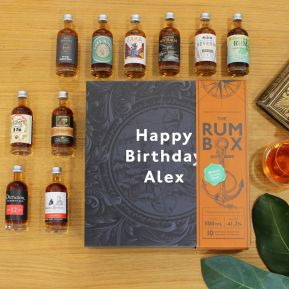 Collezione 10 rum del mondo con confezione personalizzabile