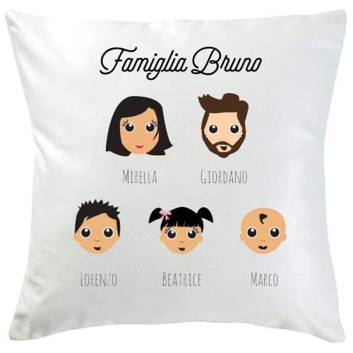 Cuscino personalizzato WeAreFamily 5 persone