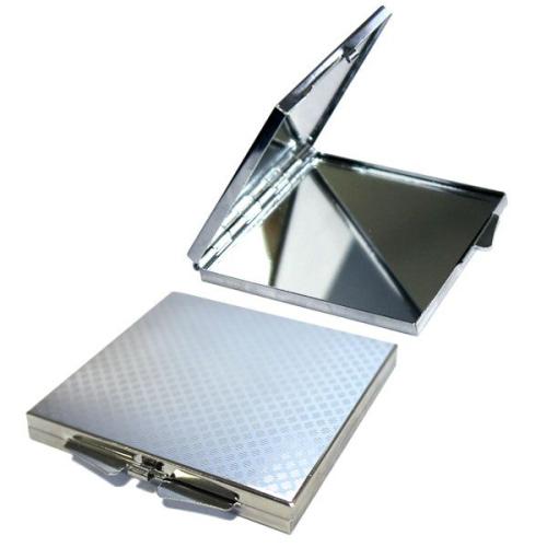 Dettagli specchietto personalizzato