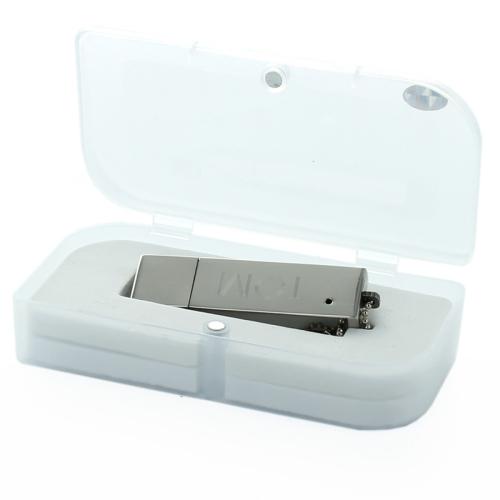 chiavetta USB con incisione
