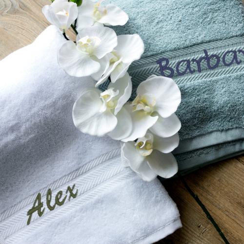 Asciugamano ricamato nome