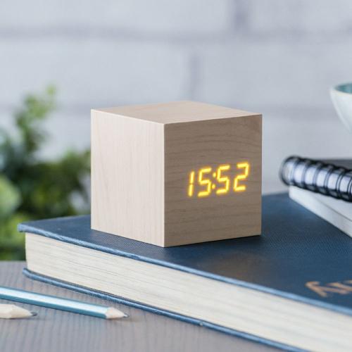 Svegli in legno ora