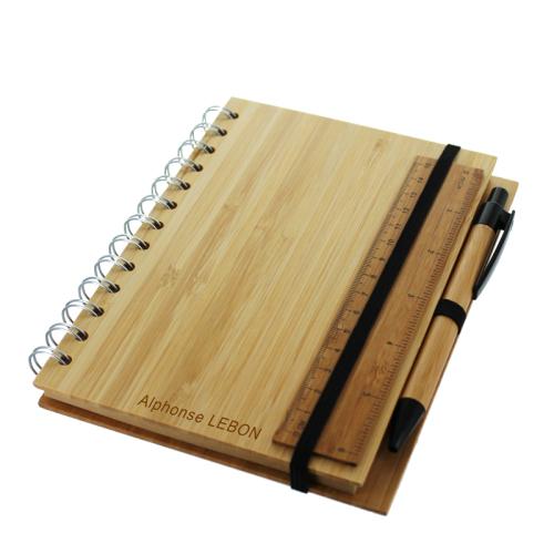 Taccuino in legno personalizzato