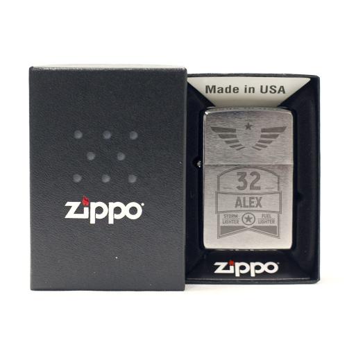 Accendino Zippo® black compleanno inciso