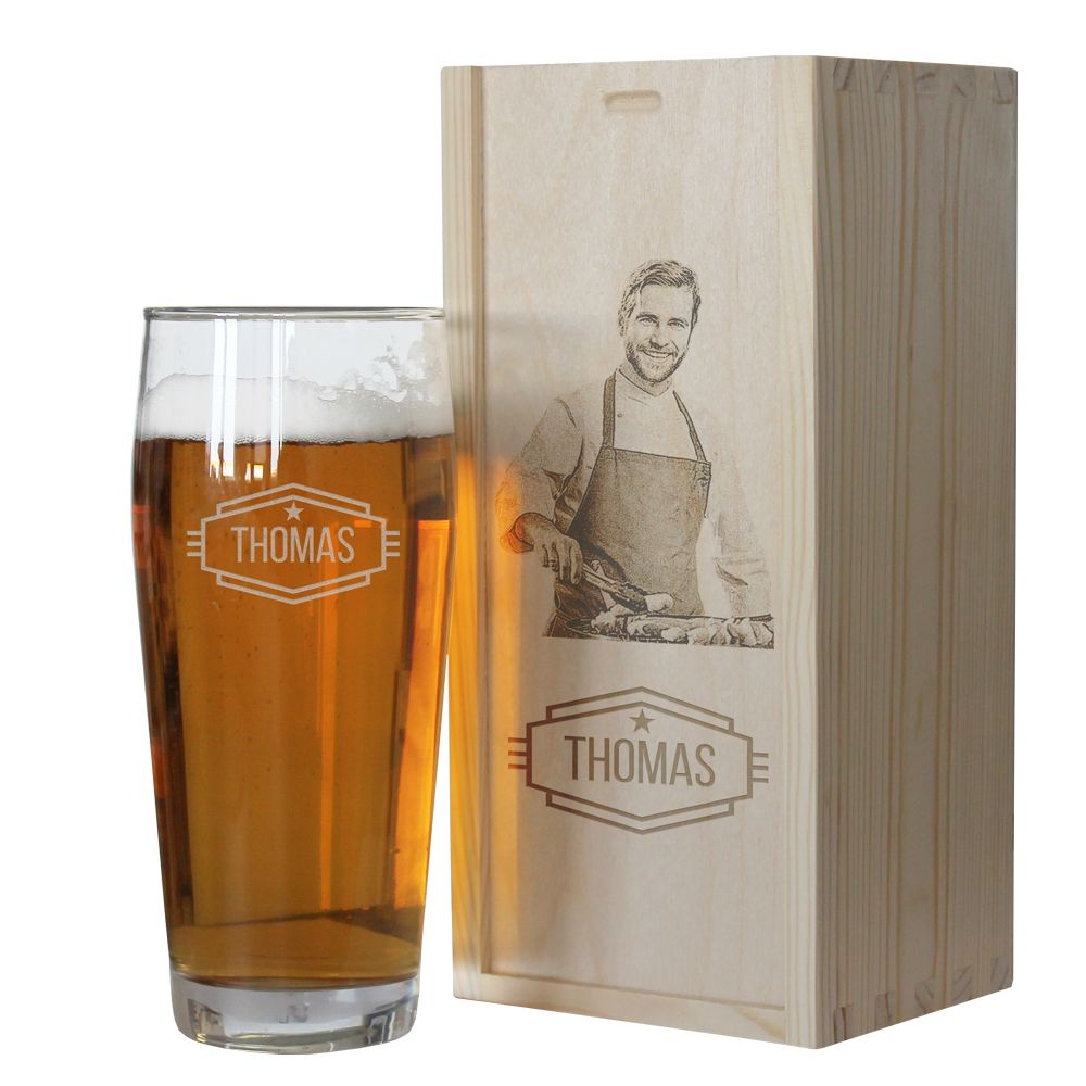 Bicchiere da birra con nome inciso e cofanetto con foto